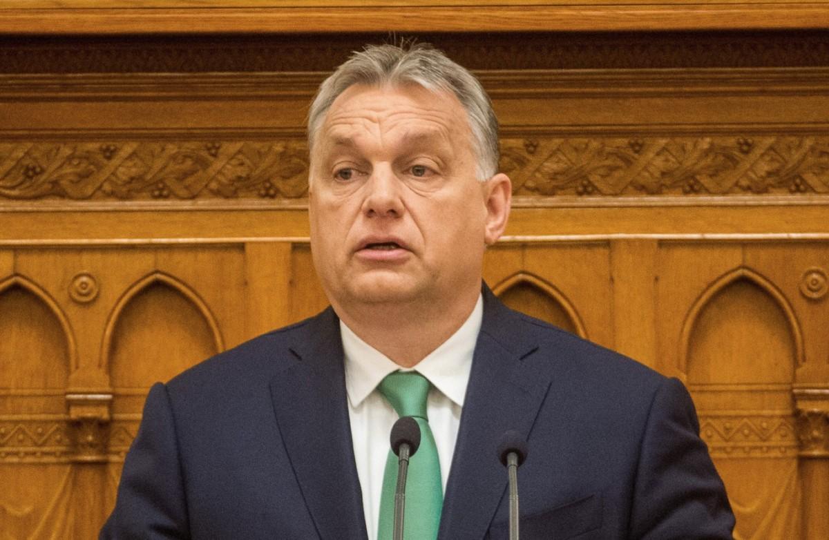 Orbán Viktor miniszterelnök beszédet mond napirend előtt az Országgyűlés plenáris ülésén 2019. május 27-én.