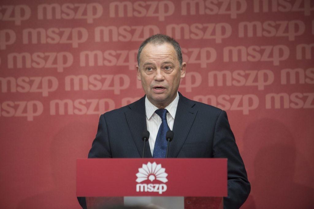 Szanyi Tibor: Ausztriában annak említésébe is belebukott a kormány, ami Magyarországon a napi valóság