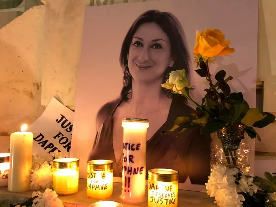 Daphne Caruana Galizia, a 2017 októberében meggyilkolt oknyomozó újságírónő.