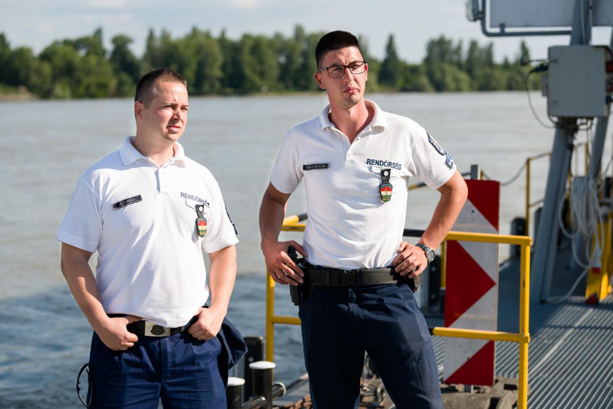 Lázár Balázs főtörzsőrmester és Virágh István Richárd törzsőrmester, akik elsőként értek a dunai hajókatasztrófa helyszínére.