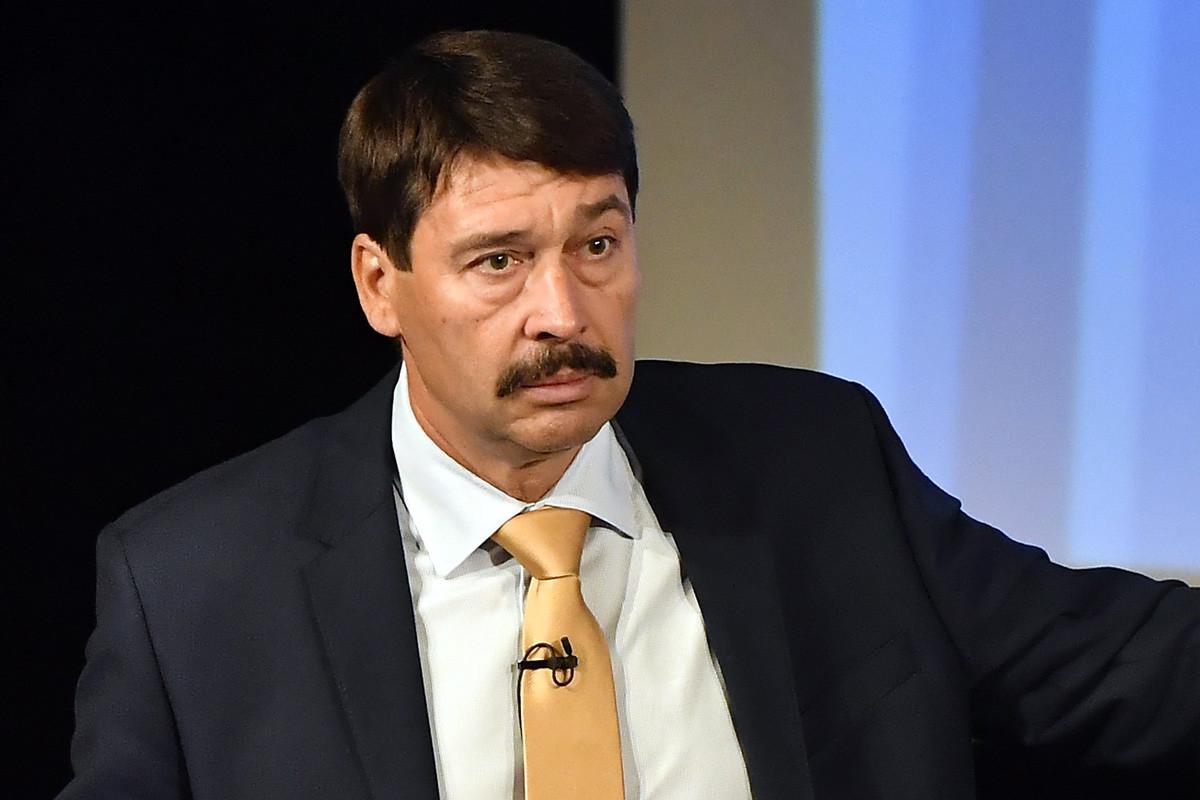 Áder János köztársasági elnök előadást tart a klímaváltozásról a makói Hagymaházban 2019. május 14-én.