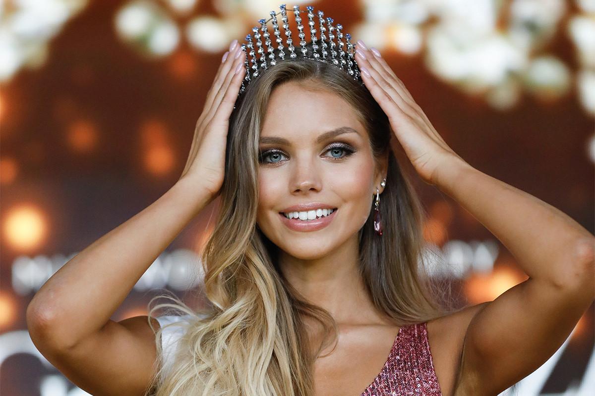 A győztes 22 éves budapesti Nagypál Krisztina a Magyarország Szépe - Miss World Hungary döntőjén az MTVA óbudai gyártóbázisán 2019. június 23-án.