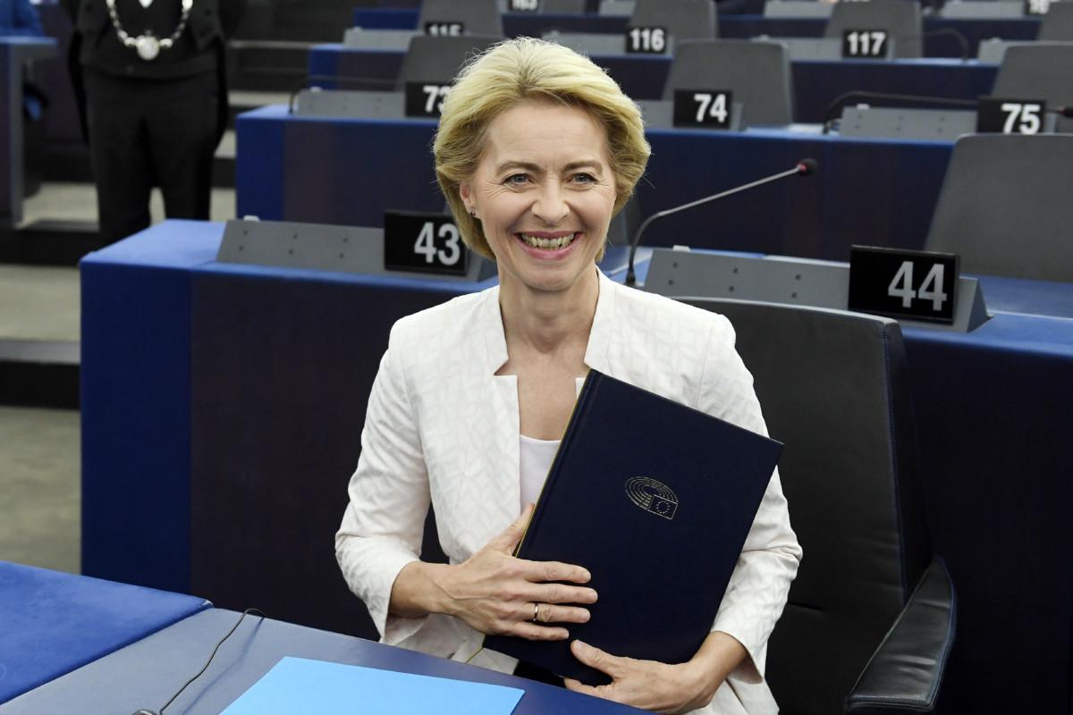 Az Európai Bizottság elnökének megválasztott Ursula von der Leyen német kereszténydemokrata politikus az Európai Parlament (EP) plenáris ülésén Strasbourgban 2019. július 16-án.