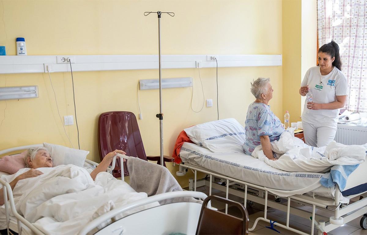 Népszava: rengeteg kórházban számolnák fel az aktív ellátást