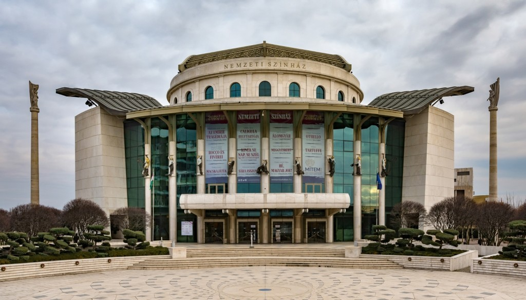 2 milliárd forinttal tömte ki a kormány a Nemzeti Színházat, mégis 150 milliós veszteséggel zárt tavaly