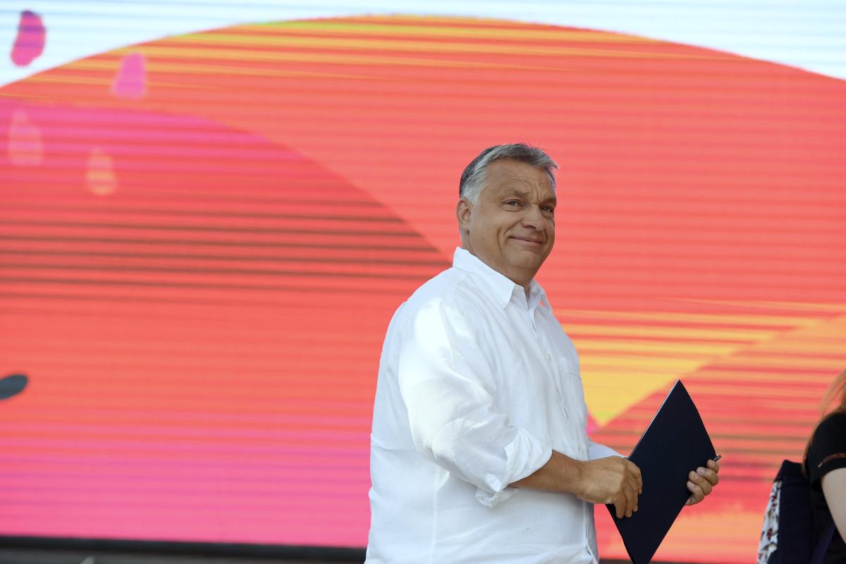 Orbán Viktor előadása előtt a 30. Bálványosi Nyári Szabadegyetem és Diáktáborban (Tusványos) az erdélyi Tusnádfürdőn 2019. július 27-én.