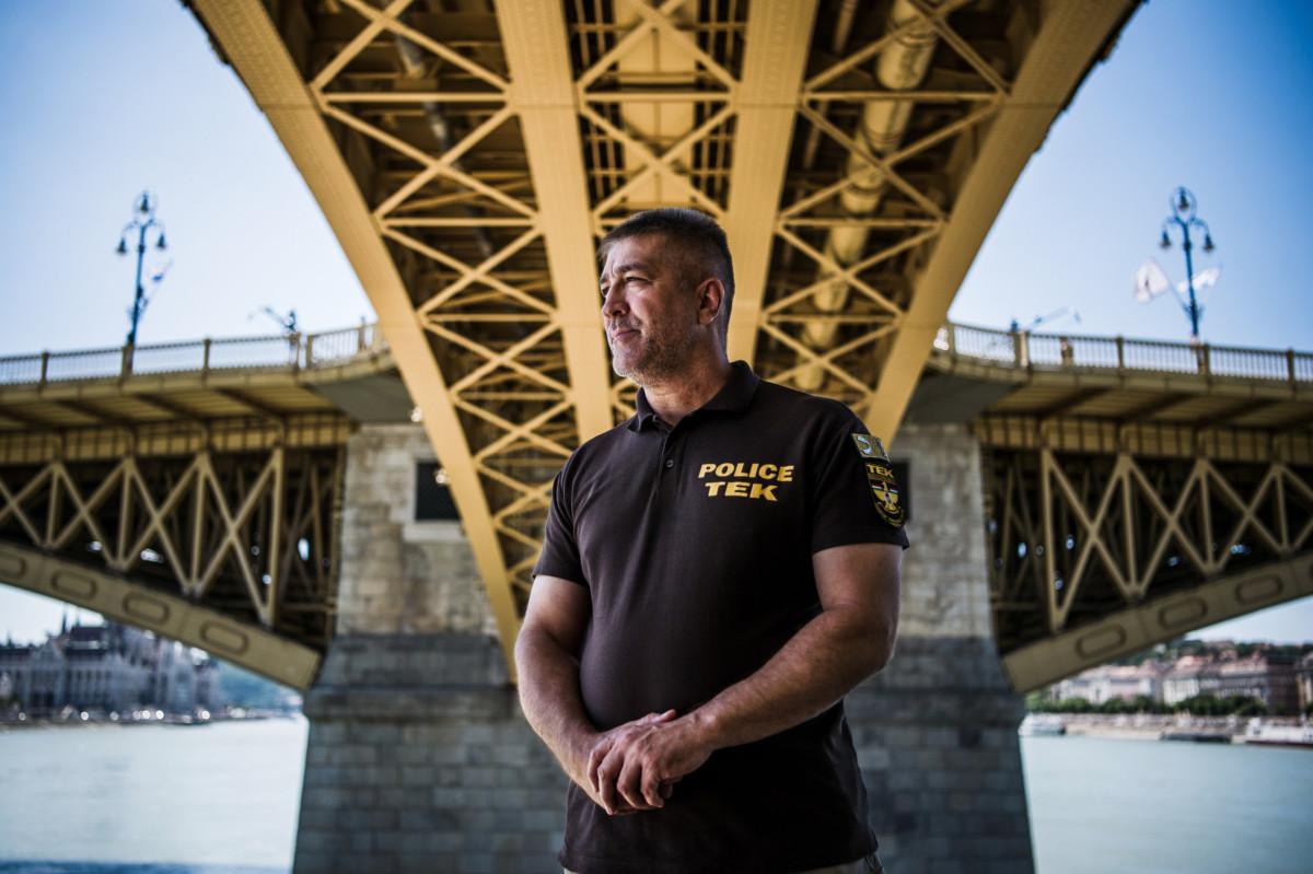 Hajdu János, a Terrorelhárítási Központ (TEK) főigazgatója a Margit híd alatt 2019. július 17-én.