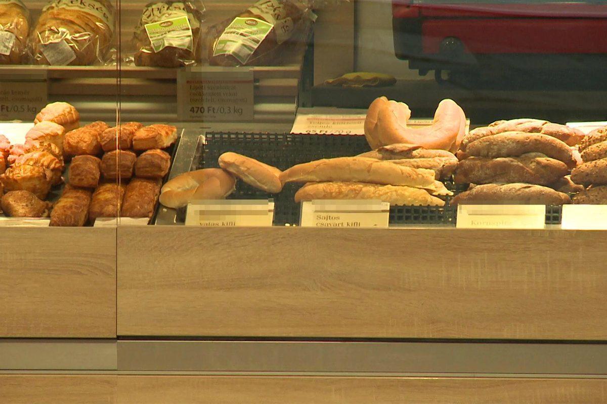 Szöget és gombostűket találtak egy magyar pékséglánc termékeiben
