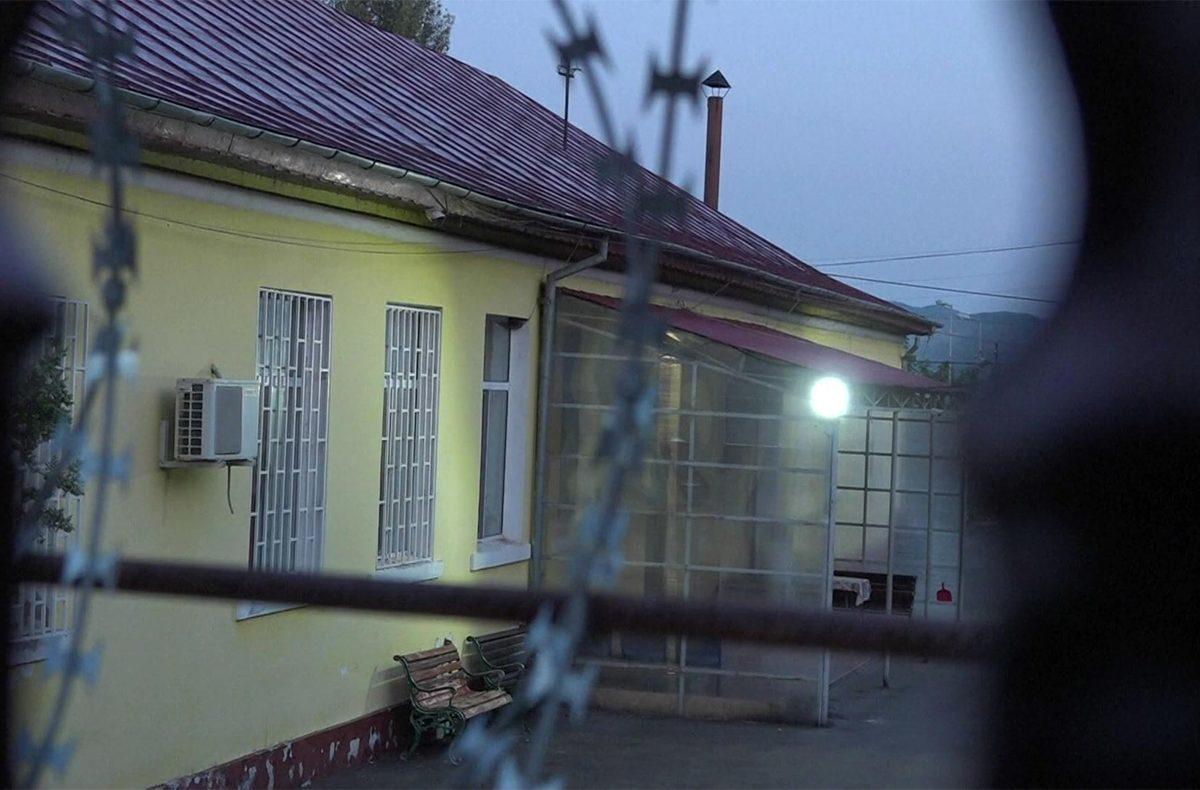 Vérfürdőt rendezett egy férfi egy romániai pszichiátrián