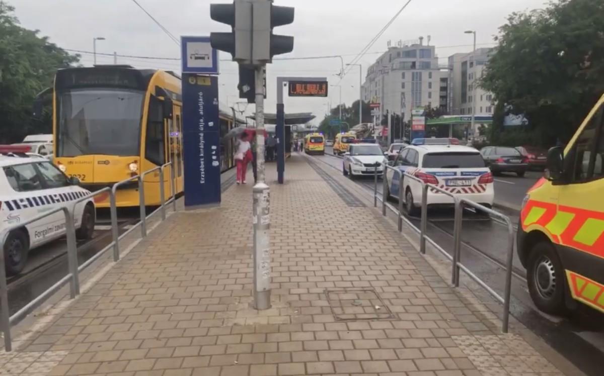Kilencen megsérültek az 1-es villamoson