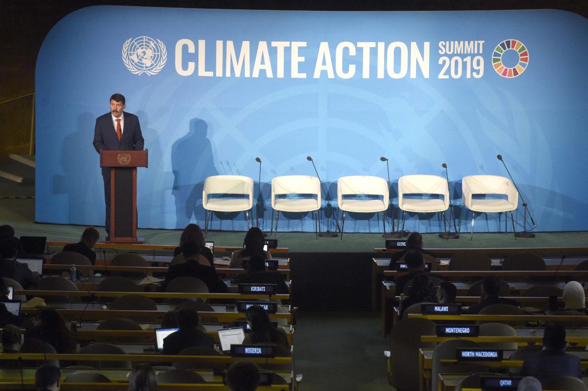 Áder János köztársasági elnök felszólal az ENSZ-klímacsúcson a világszervezet New York-i székházában 2019. szeptember 23-án.