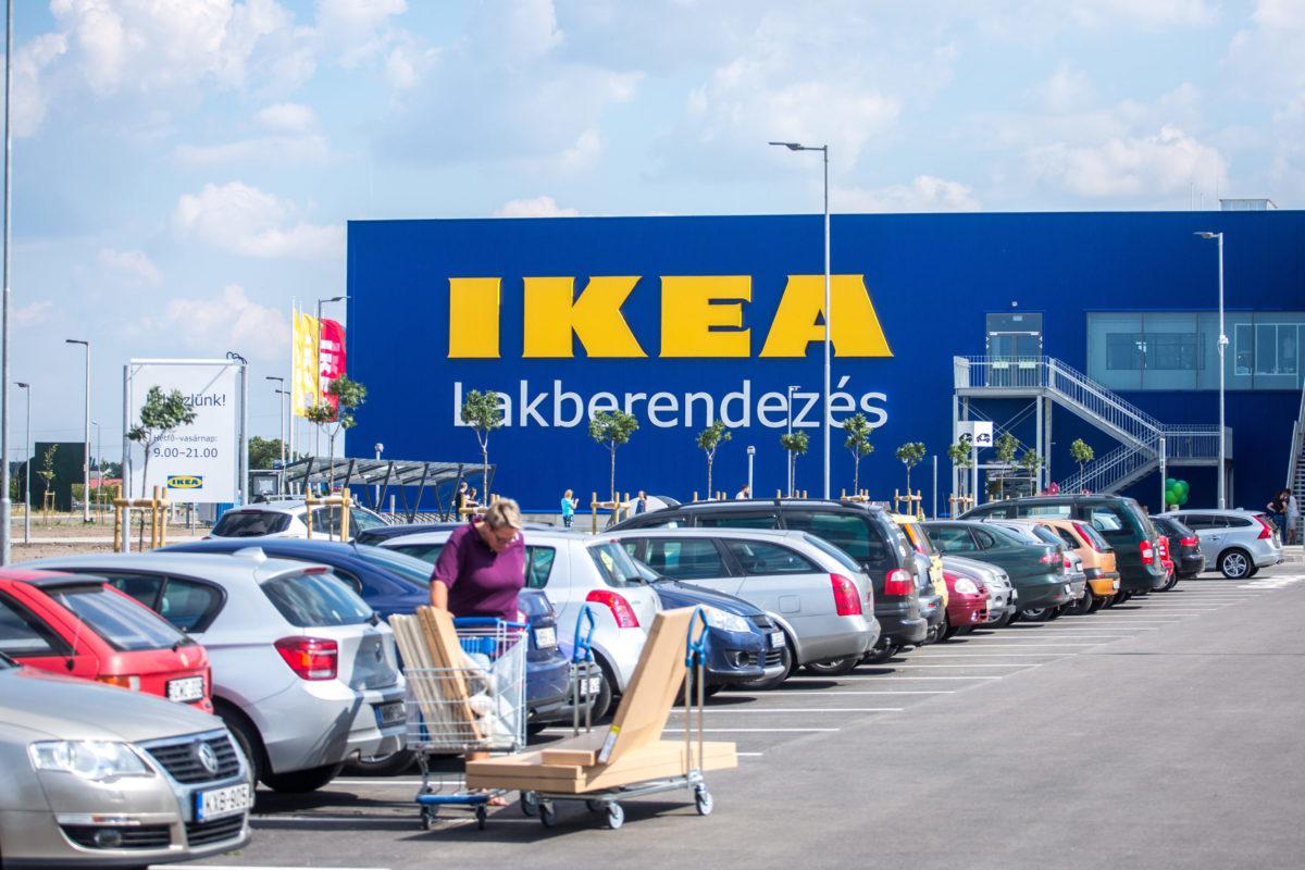 Mától használt bútorokat is lehet venni az IKEA-ban