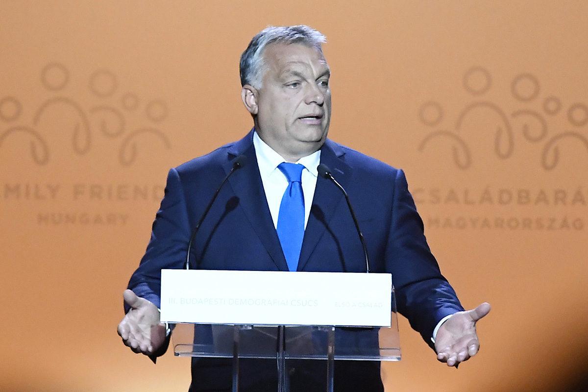 Orbán Viktor miniszterelnök beszédet mond a III. Budapesti Demográfiai Csúcson a Várkert Bazárban 2019. szeptember 5-én.