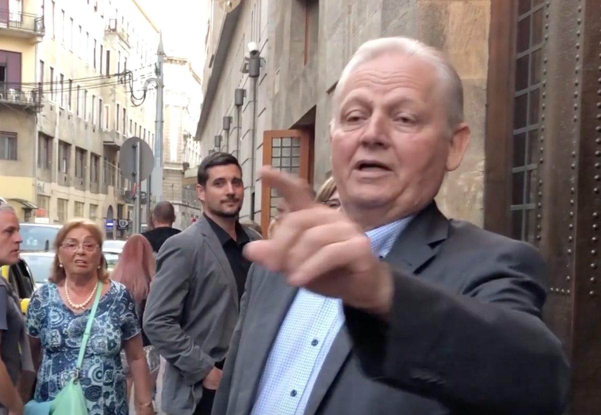 Tarlós ordenáré stílusban osztotta ki az ellenzéki aktivistákat