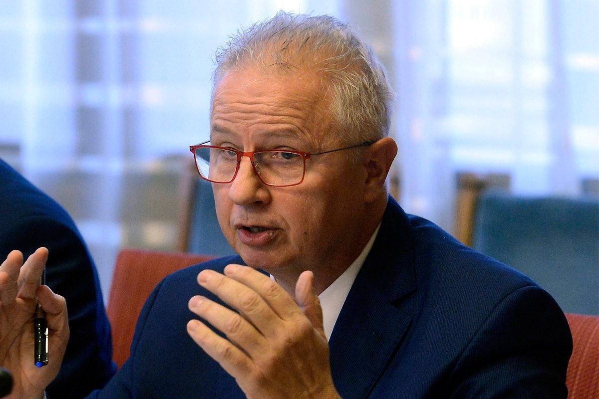 Momentum: Hazudott Trócsányi, ezért nem lesz EU-biztos