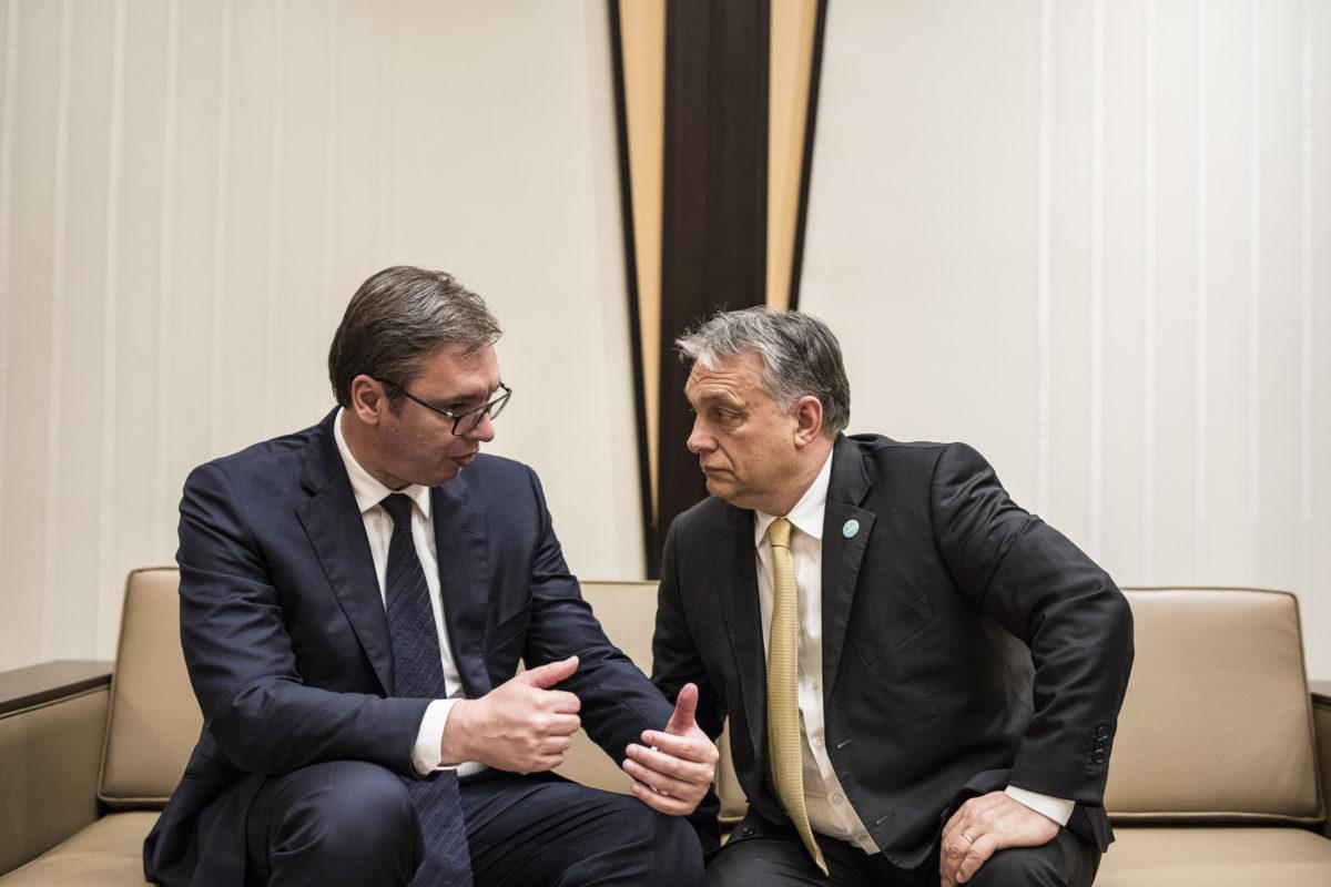 Aleksandar Vucic szerb elnök és Orbán Viktor Recep Tayyip Erdogan újraválasztott török elnök beiktatásán Ankarában 2018-ban.