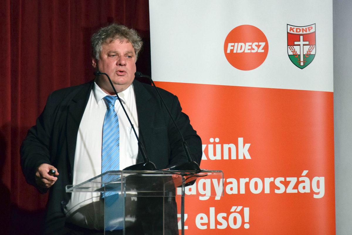 Fördős Attila.