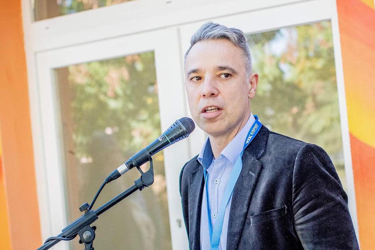 Gajda Péter, a XIX. kerület ellenzéki összefogással megválasztott szocialista polgármestere.