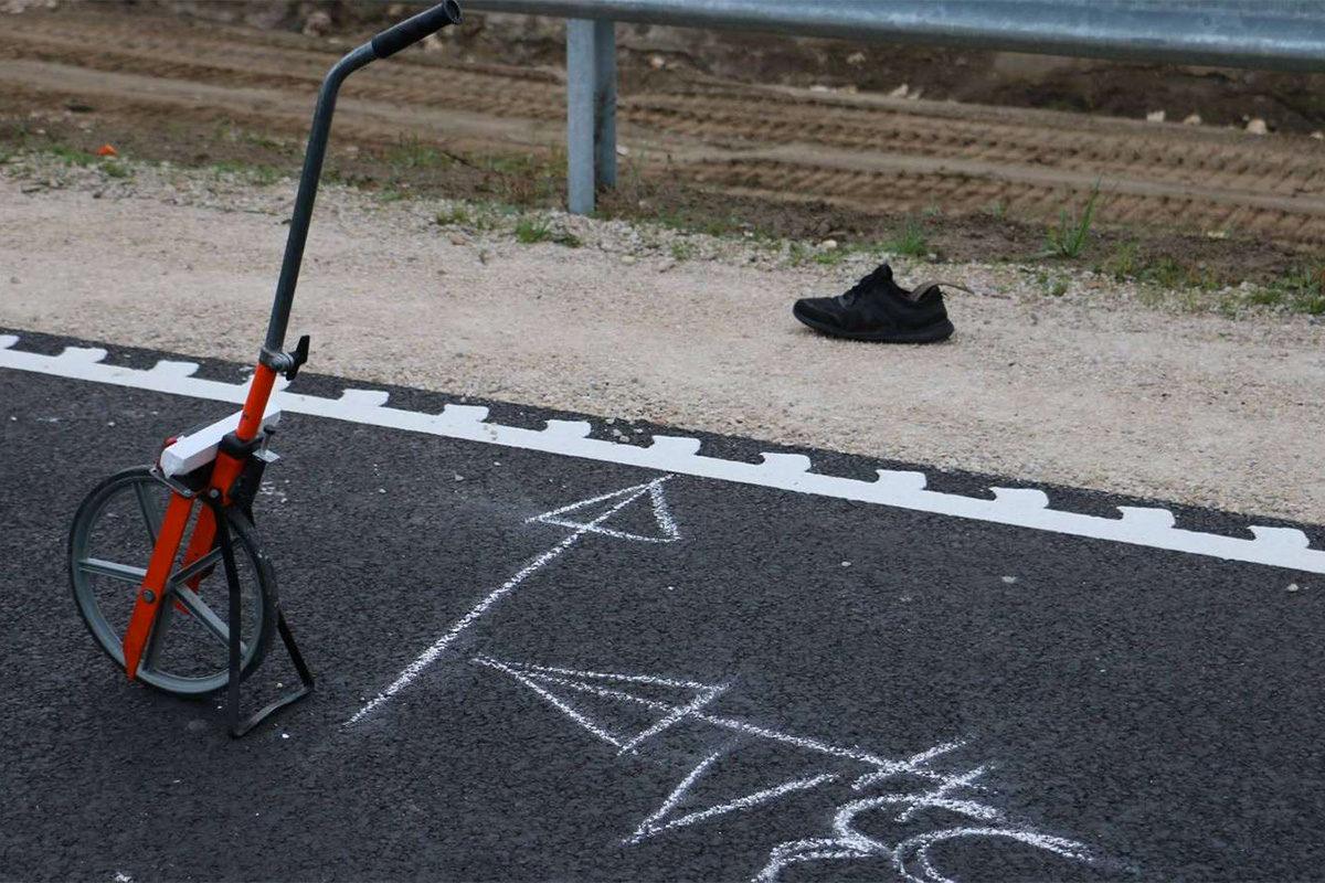 Népszava: útépítő munkást gázoltak halálra a félkészen átadott R67-es úton
