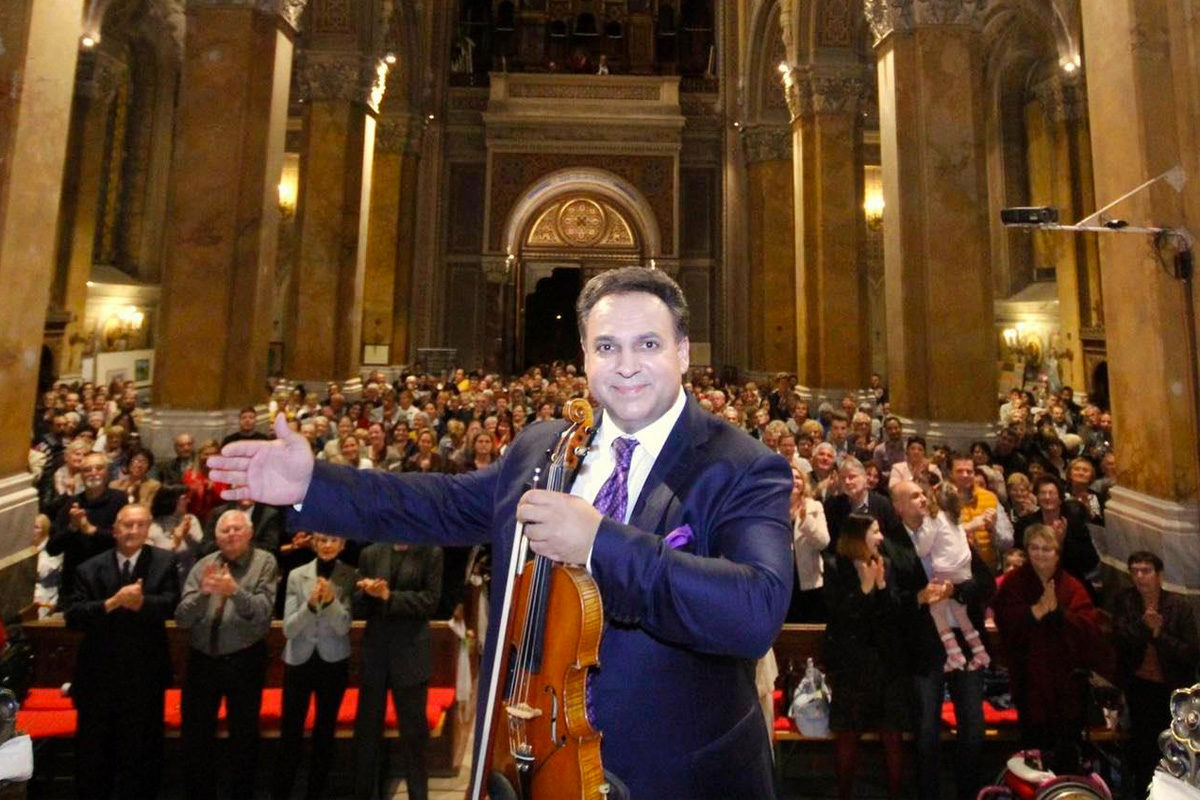 350 millióval tolta meg az állam Mága Zoltán koncertsorozatát