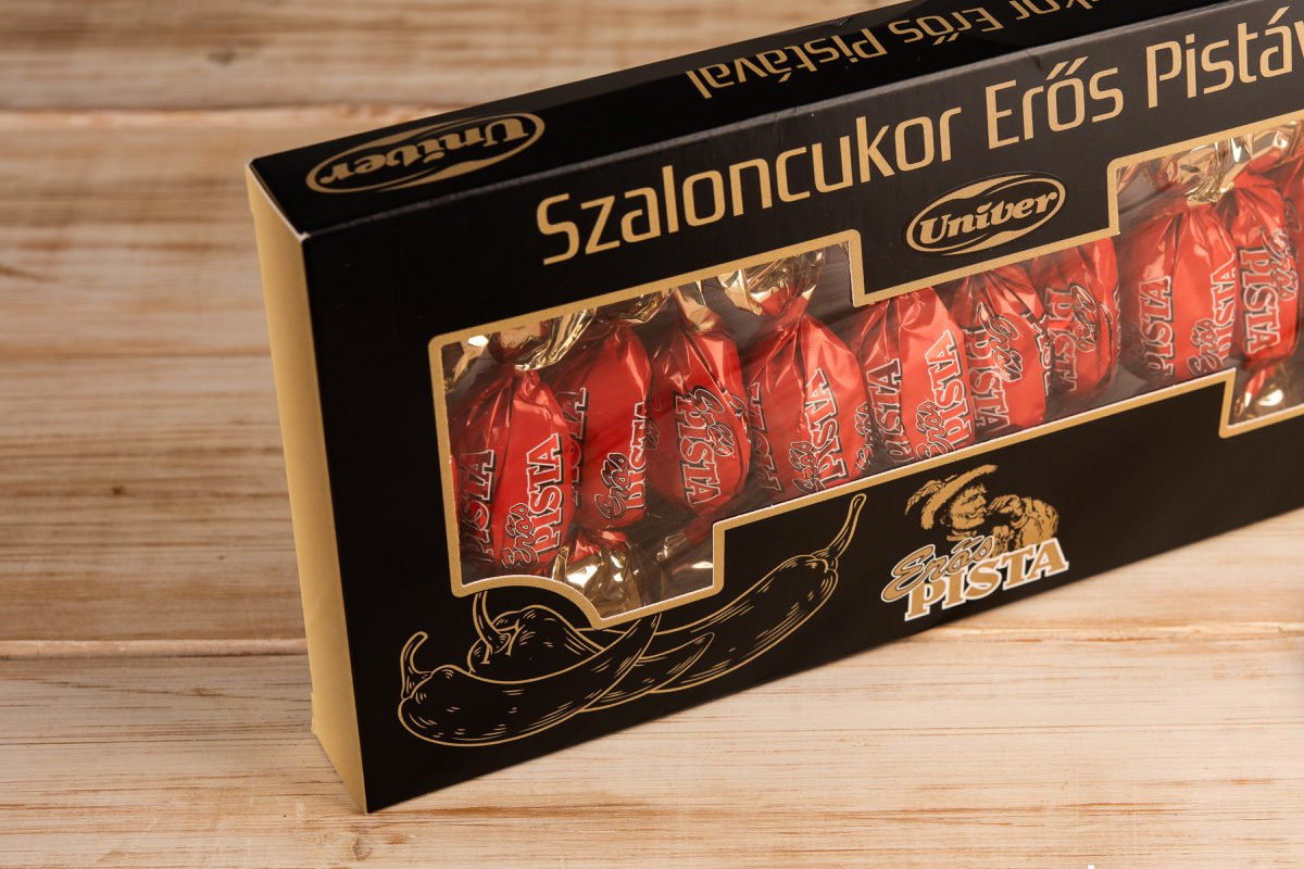 Erős pistás szaloncukrot árul egy magyar üzletlánc