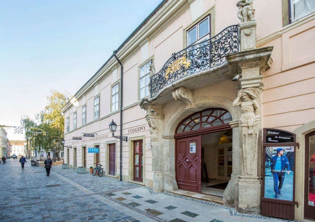 A győri Rómer Flóris Művészeti és Történeti Múzeum.