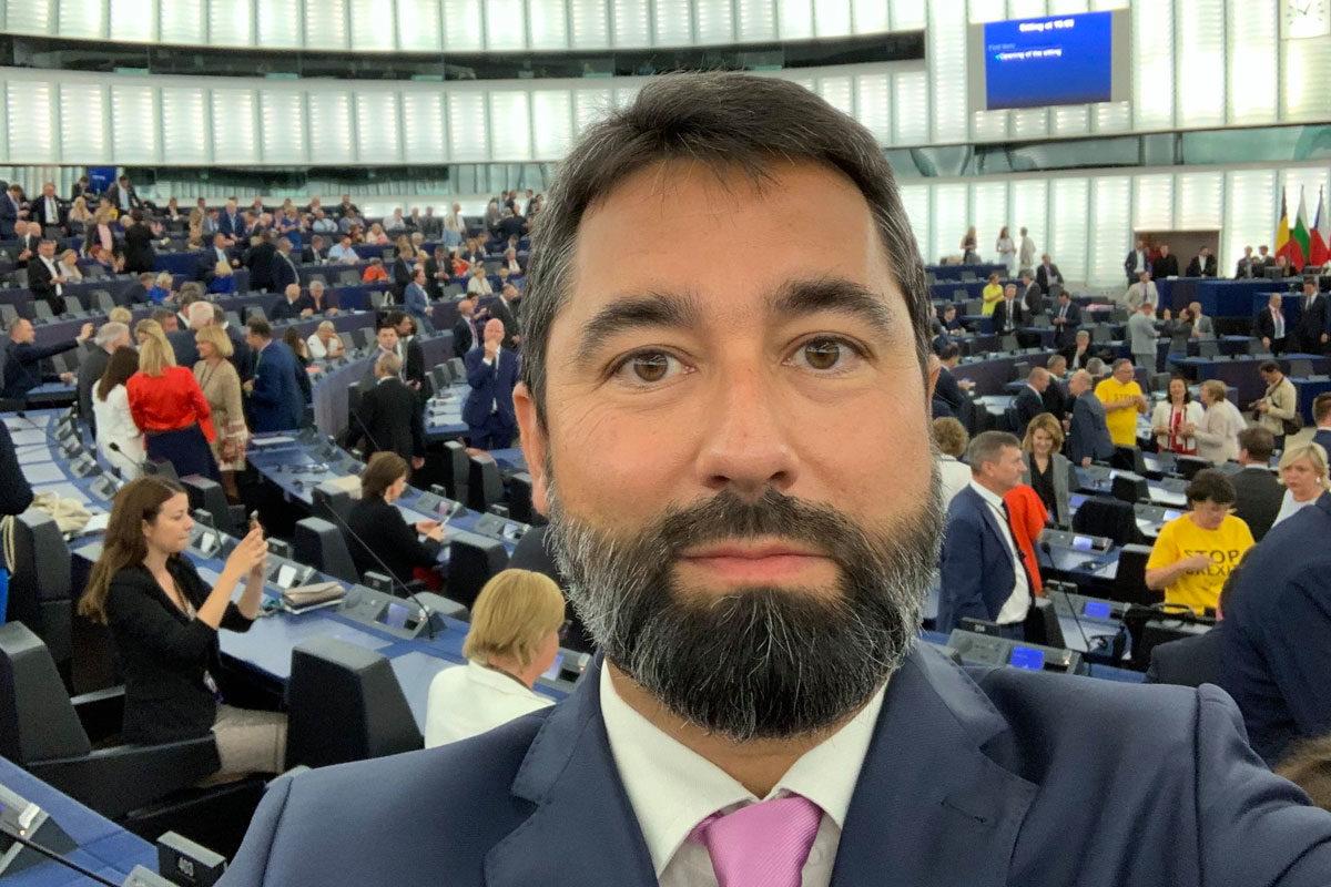 Fidesz az EP Magyarországot elmarasztaló határozatáról: Soros György!