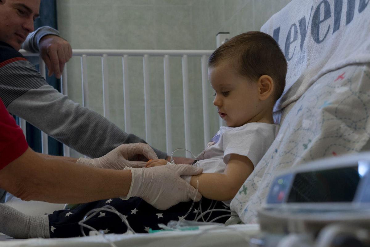 Levente a Bethesda Gyermekkórházban 2019. november 26-án.