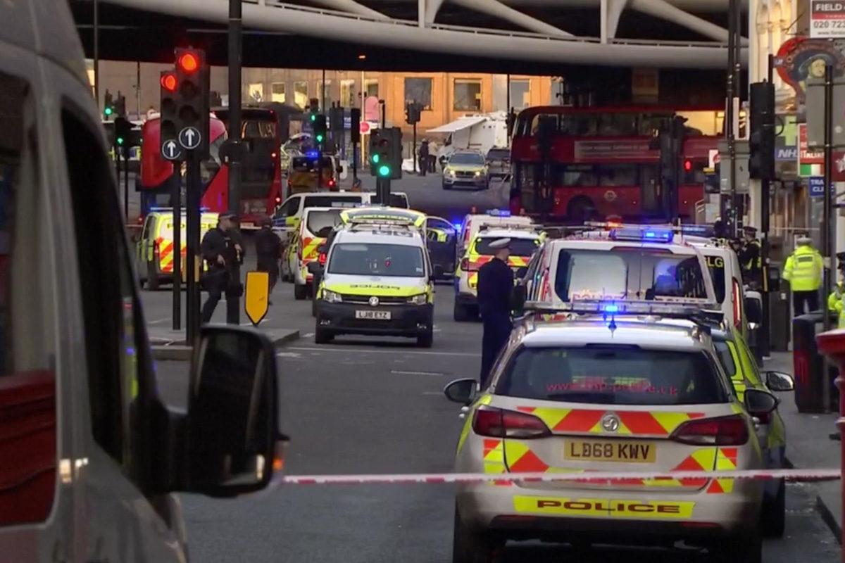 Lövöldözés London belvárosában, lezárták a London hidat