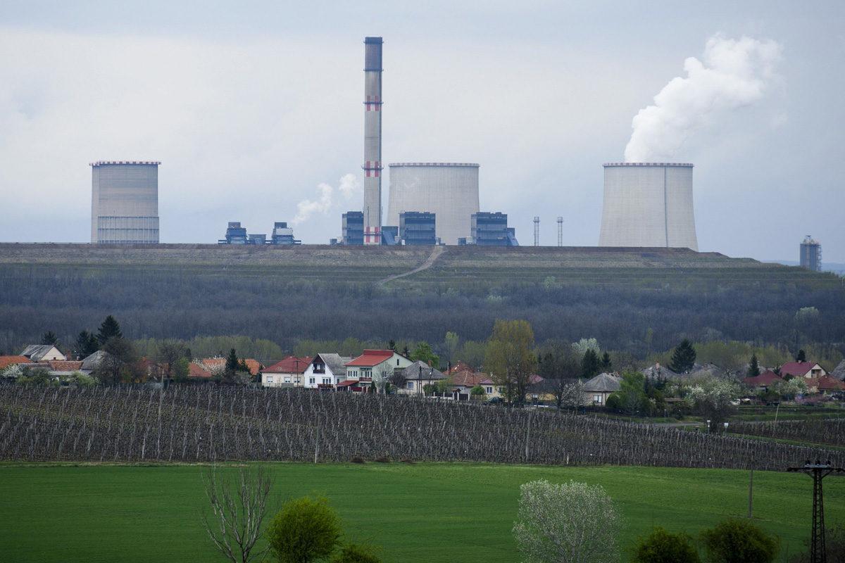 A mátrai erőmű Visonta közelében 2017. április 6-án.