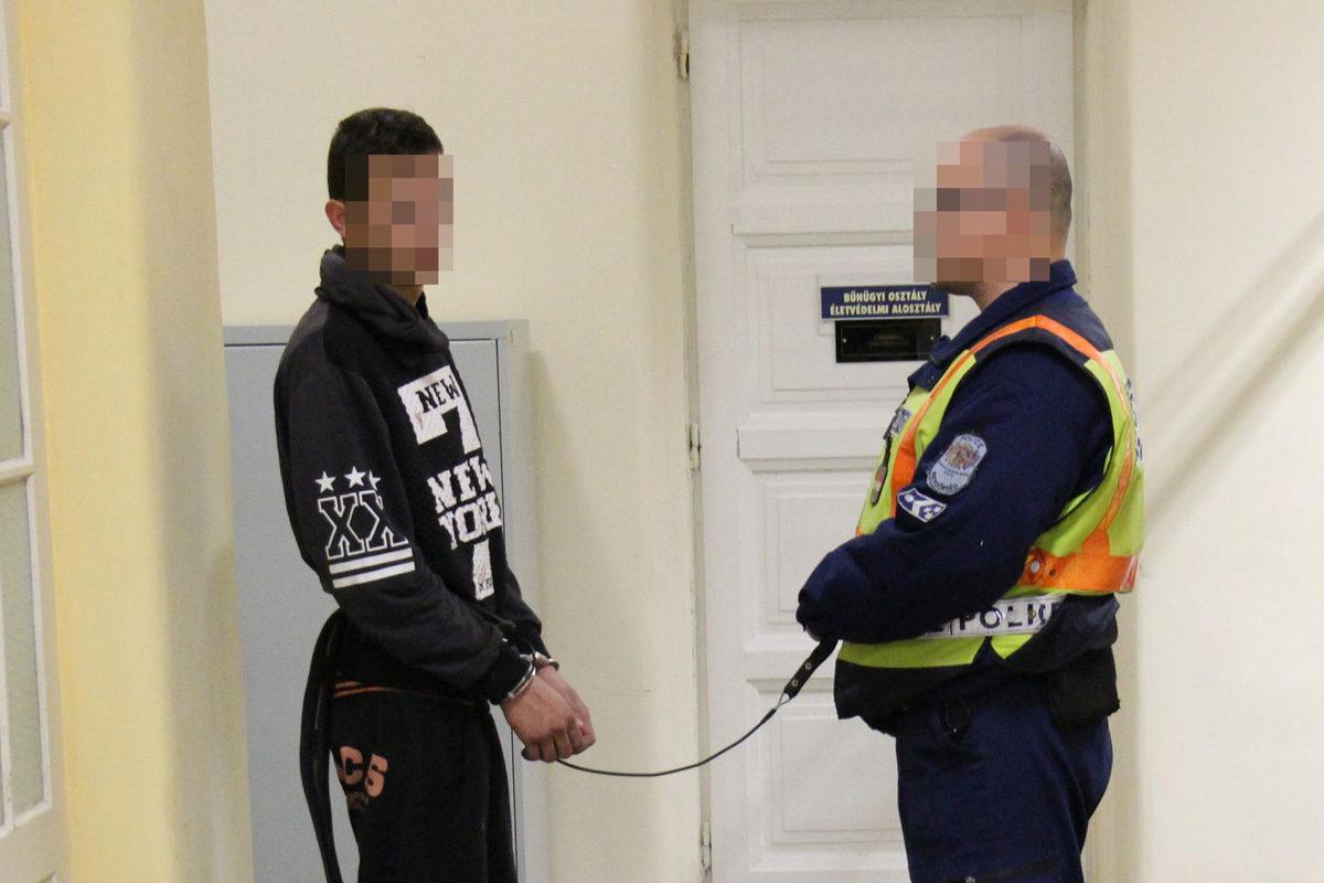 A 23 éves C. Péter a rendőrségen.