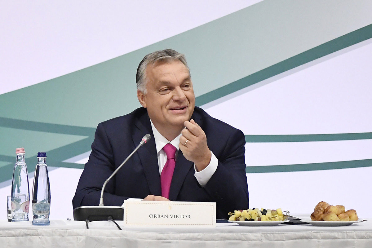 Orbán Viktor miniszterelnök felszólal a világban szétszórtságban élő magyarság szervezeteit tömörítő Magyar Diaszpóra Tanács plenáris ülésén a fővárosi Várkert Bazárban 2019. november 14-én.