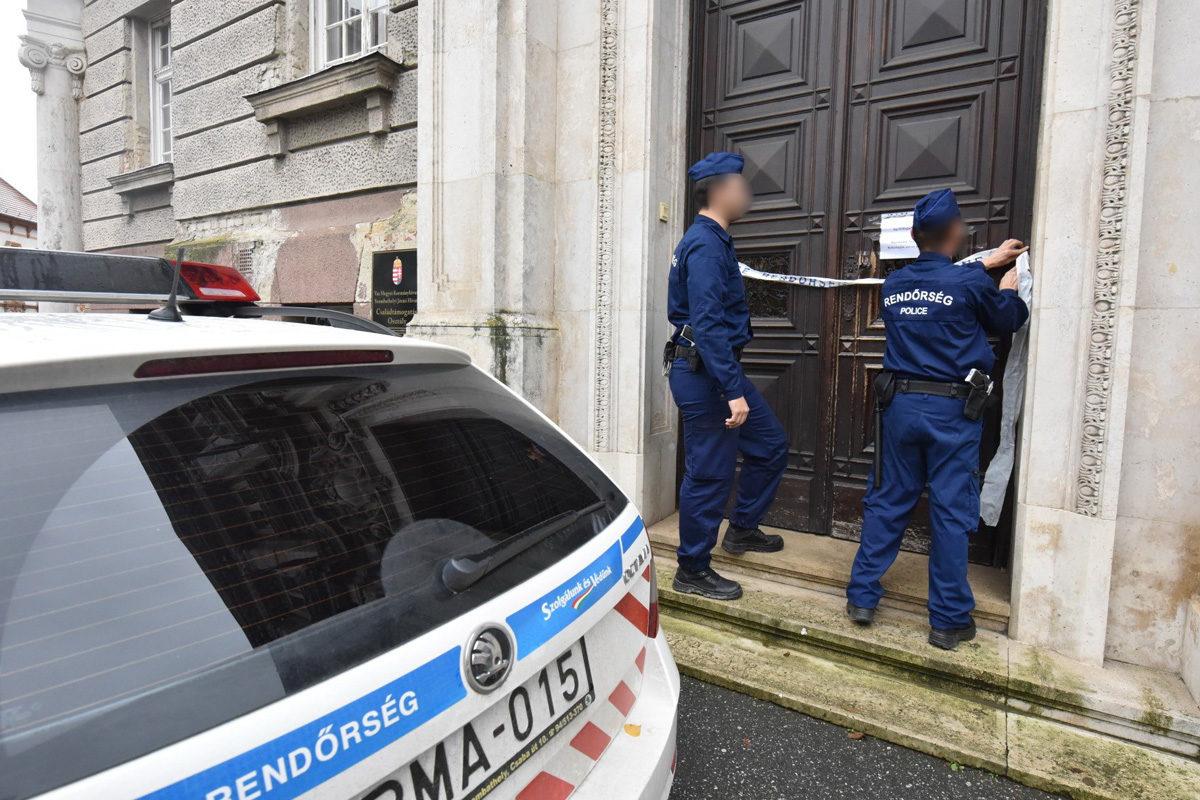 Holttestre bukkantak az Államkincstár épületében Szombathelyen
