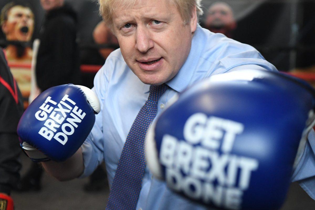 Nagyot nyert Boris Johnson, jöhet a brit kilépés