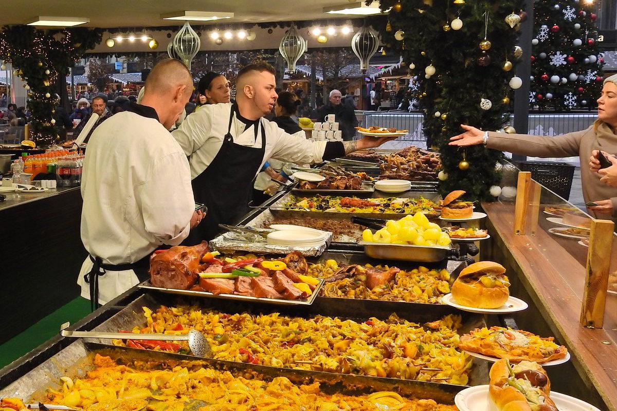 Pofátlan árak a budapesti karácsonyi vásárban – mutatjuk az árlistát