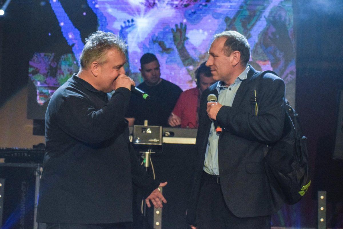 """Rácz """"Mr. Rick"""" Erik és Boldog István fideszes országgyűlési képviselő az I. Retro Road Show fesztiválon."""