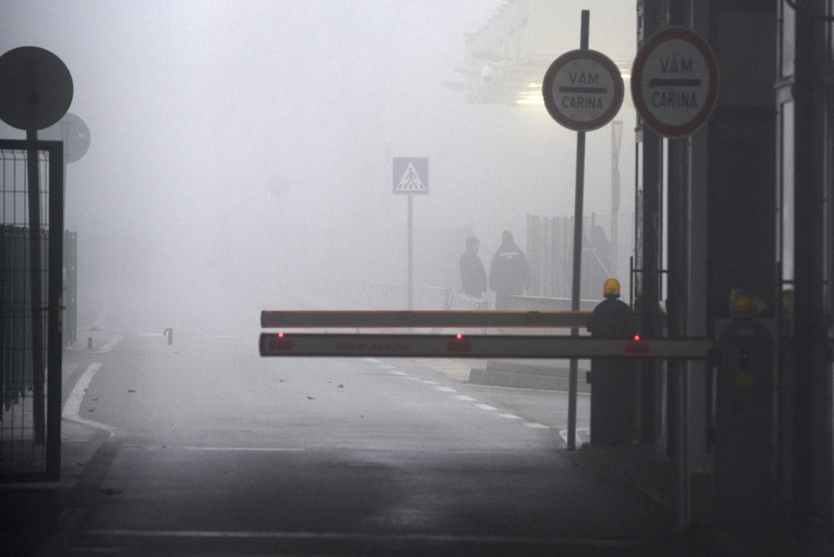 A lezárt röszkei közúti átkelő 2020. január 28-án.