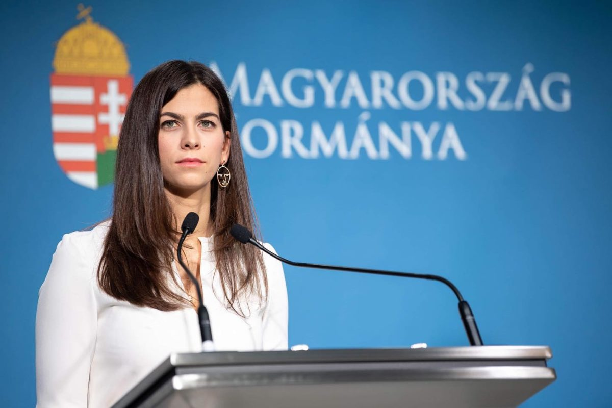 Kormányszóvivő: Magyarország a béke szigete
