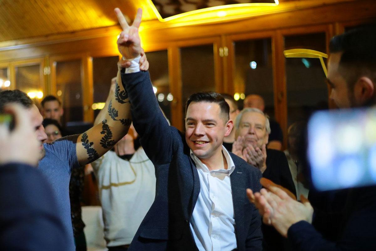 Kálló Gergely, az ellenzék közötös országgyűlési képviselőjelöltje.