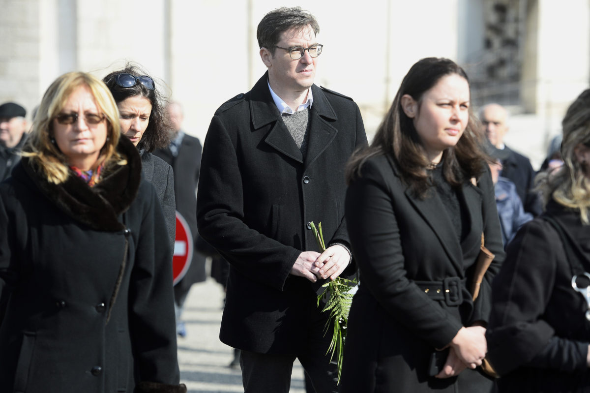 Karácsony Gergely főpolgármester az életének 84. évében elhunyt Csukás István író, a nemzet művésze temetésén a Farkasréti Temetőben 2020. március 7-én.
