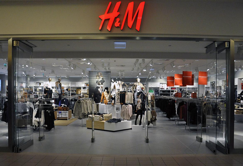 Számos országban bezárja üzleteit a H&M