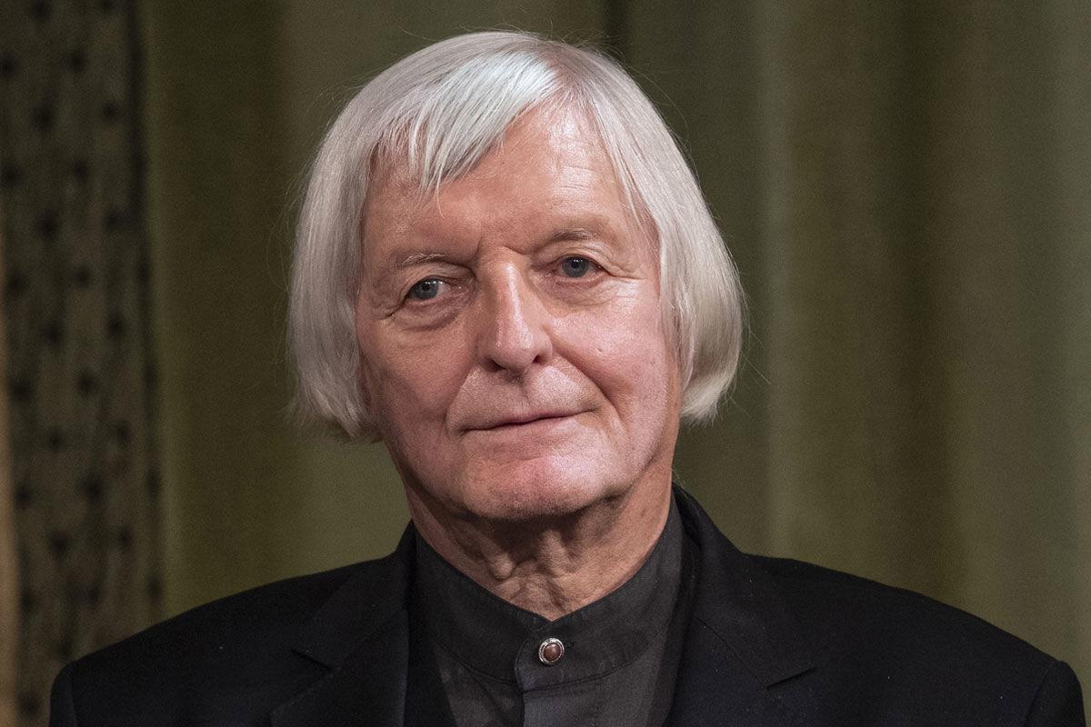 Fekete György belsőépítész, iparművész, a nemzet művésze, a Magyar Művészeti Akadémia (MMA) tiszteletbeli elnöke a Pesti Vigadóban 2018. november 5-én.