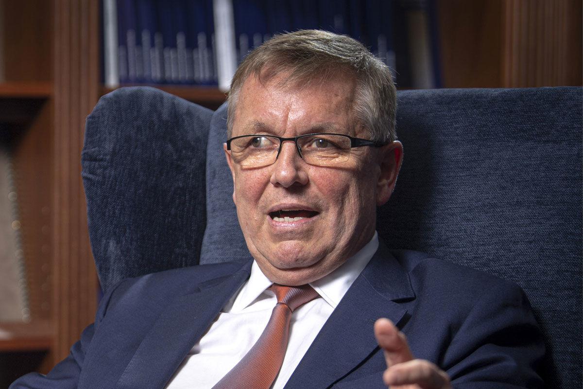 Matolcsy György, a Magyar Nemzeti Bank (MNB) elnöke a jegybank épületében 2020. április 16-án.