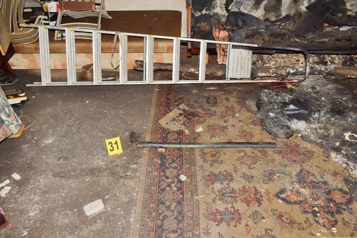 A gyilkos balta a rendőrség fotóján.