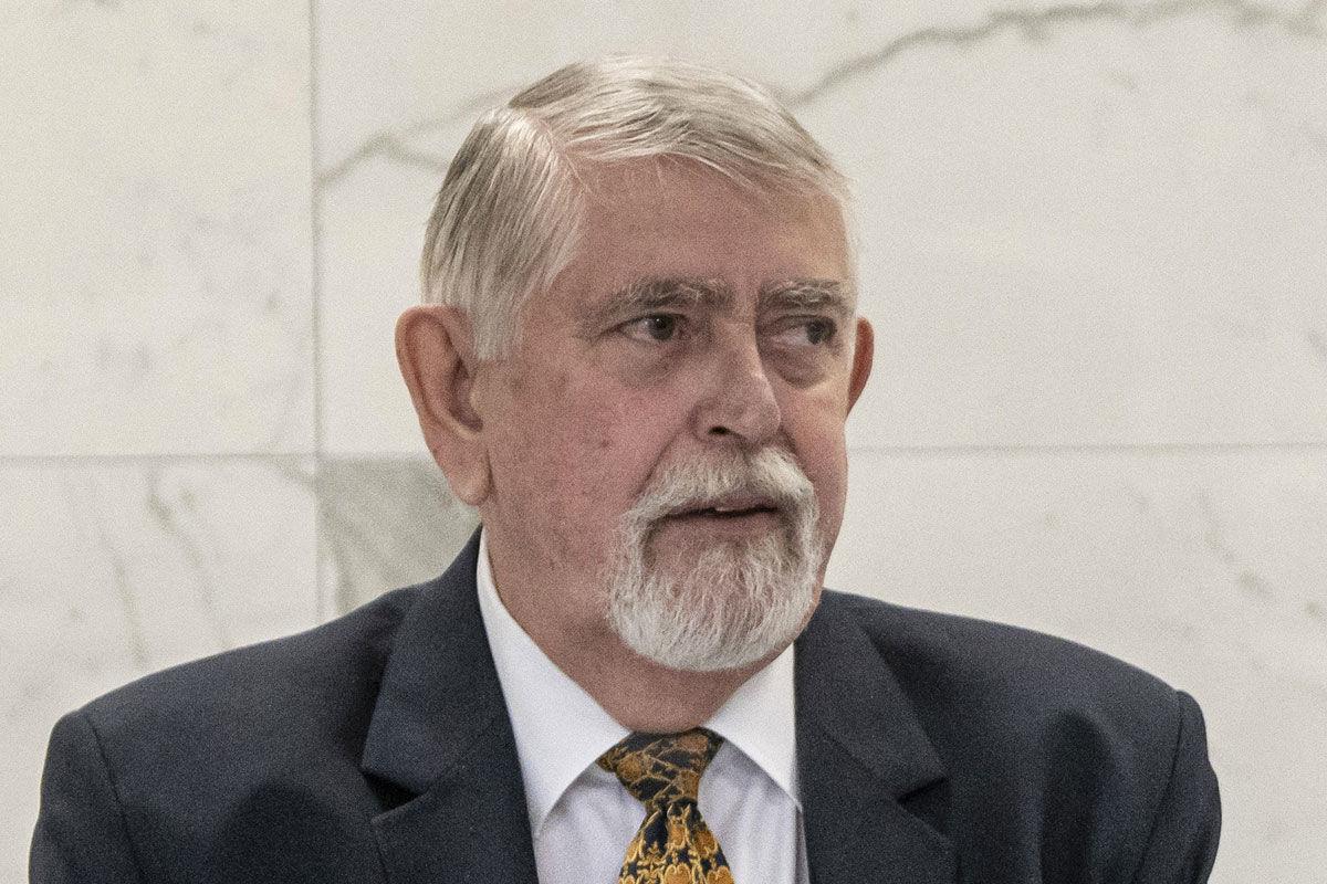 Kásler Miklós, az emberi erőforrások minisztere az Országos Korányi Pulmonológiai Intézet sajtótájékoztatóján 2020. május 20-án.