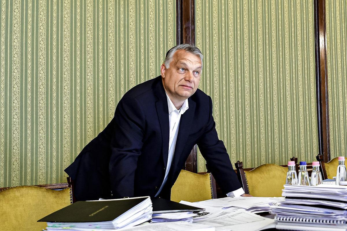 Orbán Viktor miniszterelnök a Pénzügyminisztérium épületében 2020. május 11-én.