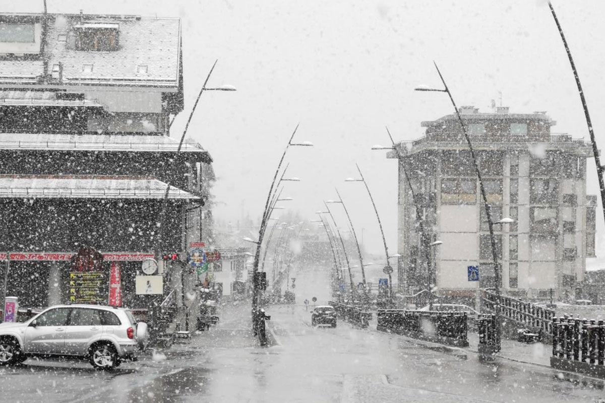 Havazás az olasz Alpok Aosta-völgyében 2020. június 9-én.