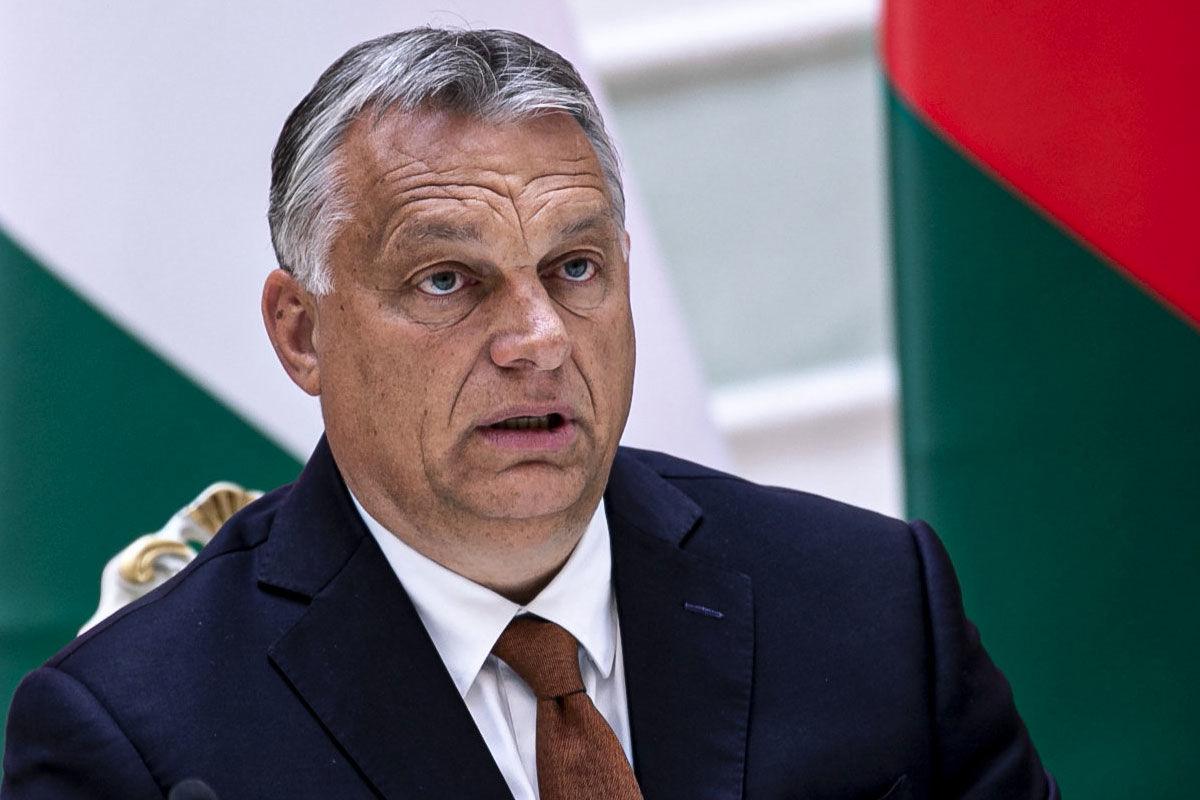 Orbán Viktor miniszterelnök Aljakszandr Lukasenka fehérorosz elnökkel közösen tartott sajtótájékoztatóján Minszkben 2020. június 5-én.