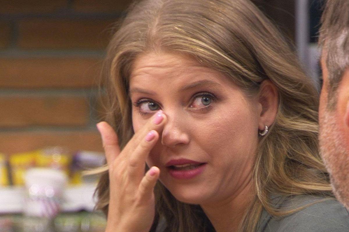 Élő adásban sírta el magát a Kaleta-ügy kapcsán az RTL műsorvezetője