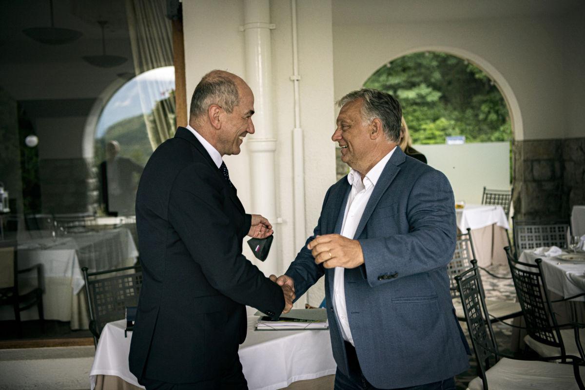 Orbán Viktor miniszterelnököt fogadja Janez Jansa szlovén kormányfő Bledben 2020. augusztus 30-án.